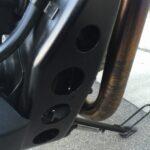 G650GSの再塗装済みエンジンブラケット